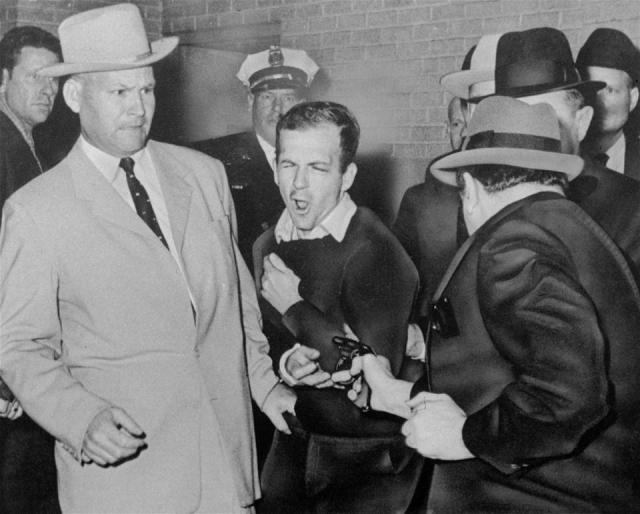 Jack Ruby shooting Oswald 11/24/1963